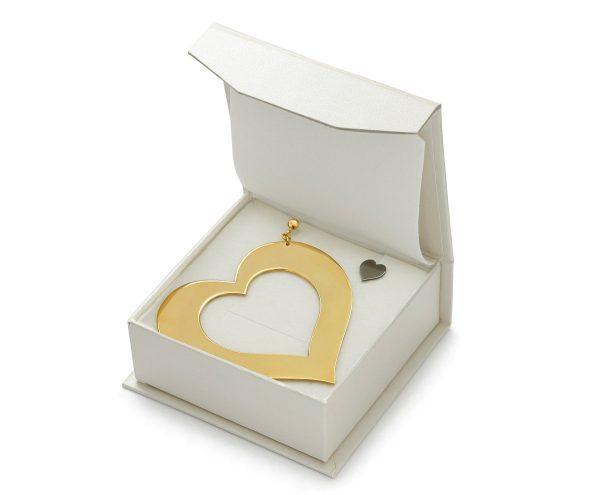 SCHIELE MIX duży kolczyk serce złocenie w pudełku